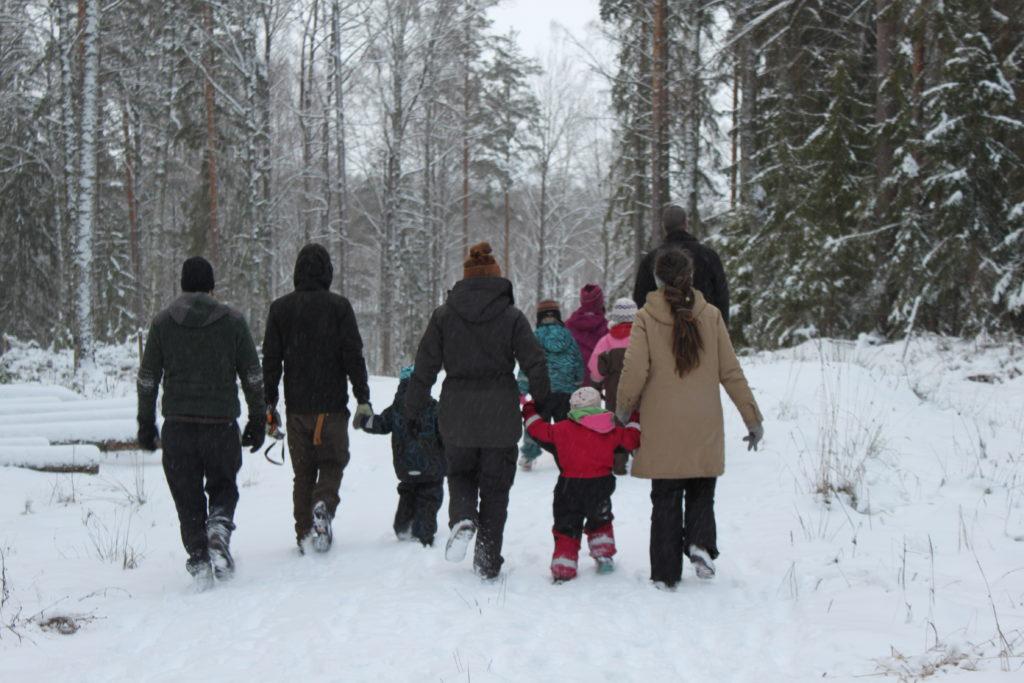 Påväg ut i skogen på Julgransjakt