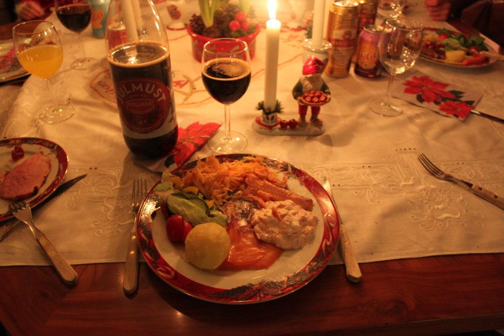 Julmat med syrade grönsaker
